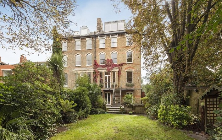 House for sale in Prince Arthur Road, Hampstead Village